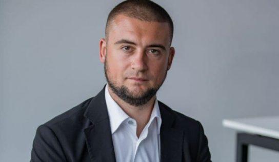 Пуля Евгений Валерьевич – конвертатор, который ездит по Киеву на двух машинах за $1,2 млн и пулеметом в багажнике