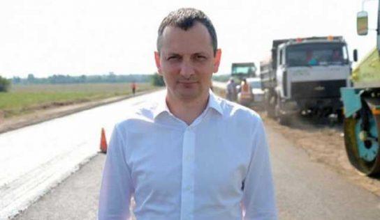 Юрий Голик продолжает воровать миллиарды на «Большом строительстве» и давит на журналистов, которые его обличают