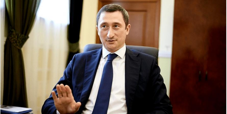 Алексей Чернышов очерняет вице-премьера Любченко и настойчиво сватает себя в премьеры