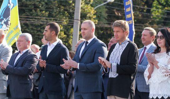 Перед ДТП в Киеве с 6 пострадавшими «слуга народа» Александр Трухин пил виски в Полтаве